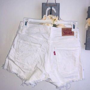 Levi's white high waisted shorts